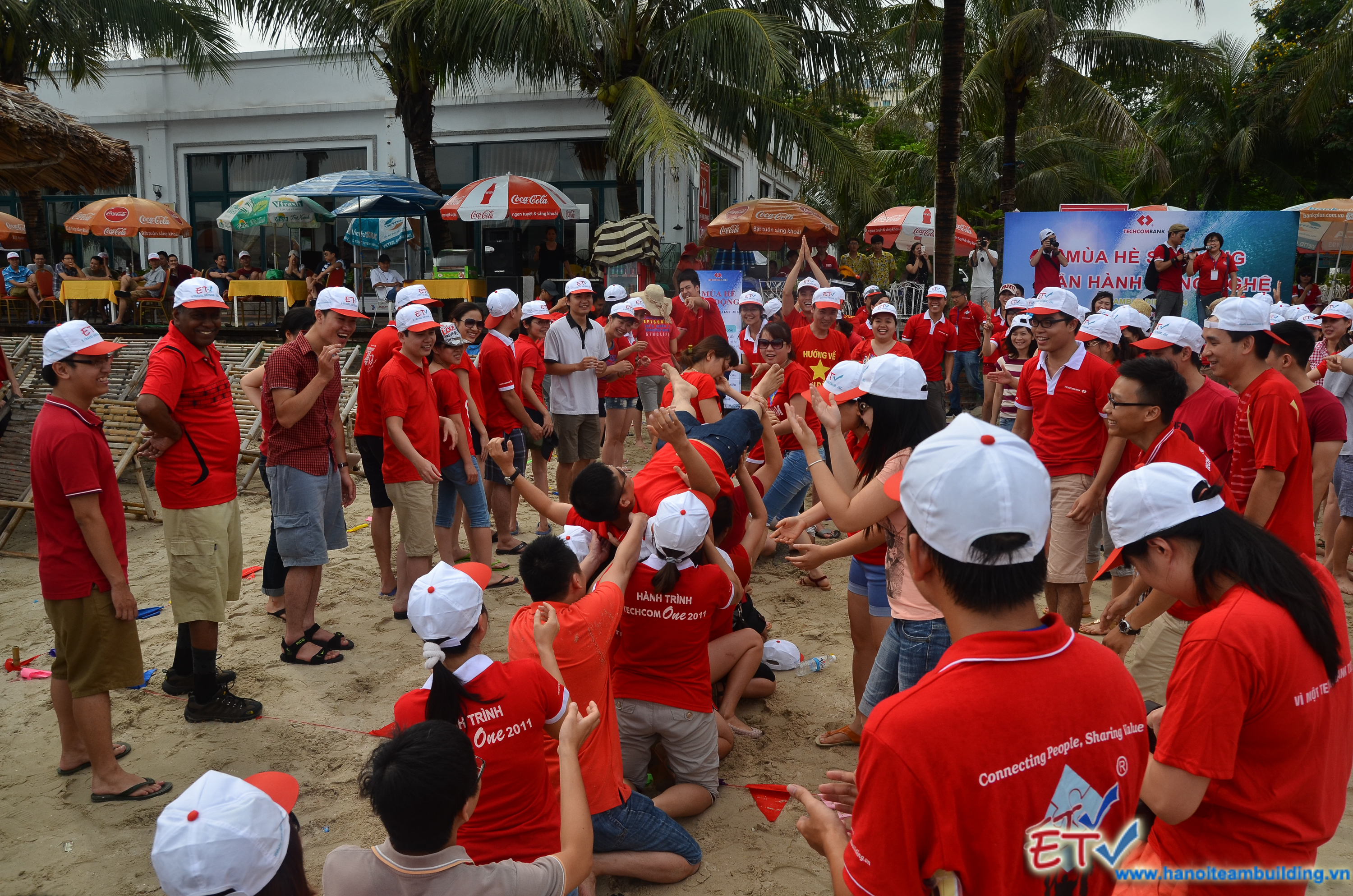 Adventure tour & team in Ha Long, Vietnam